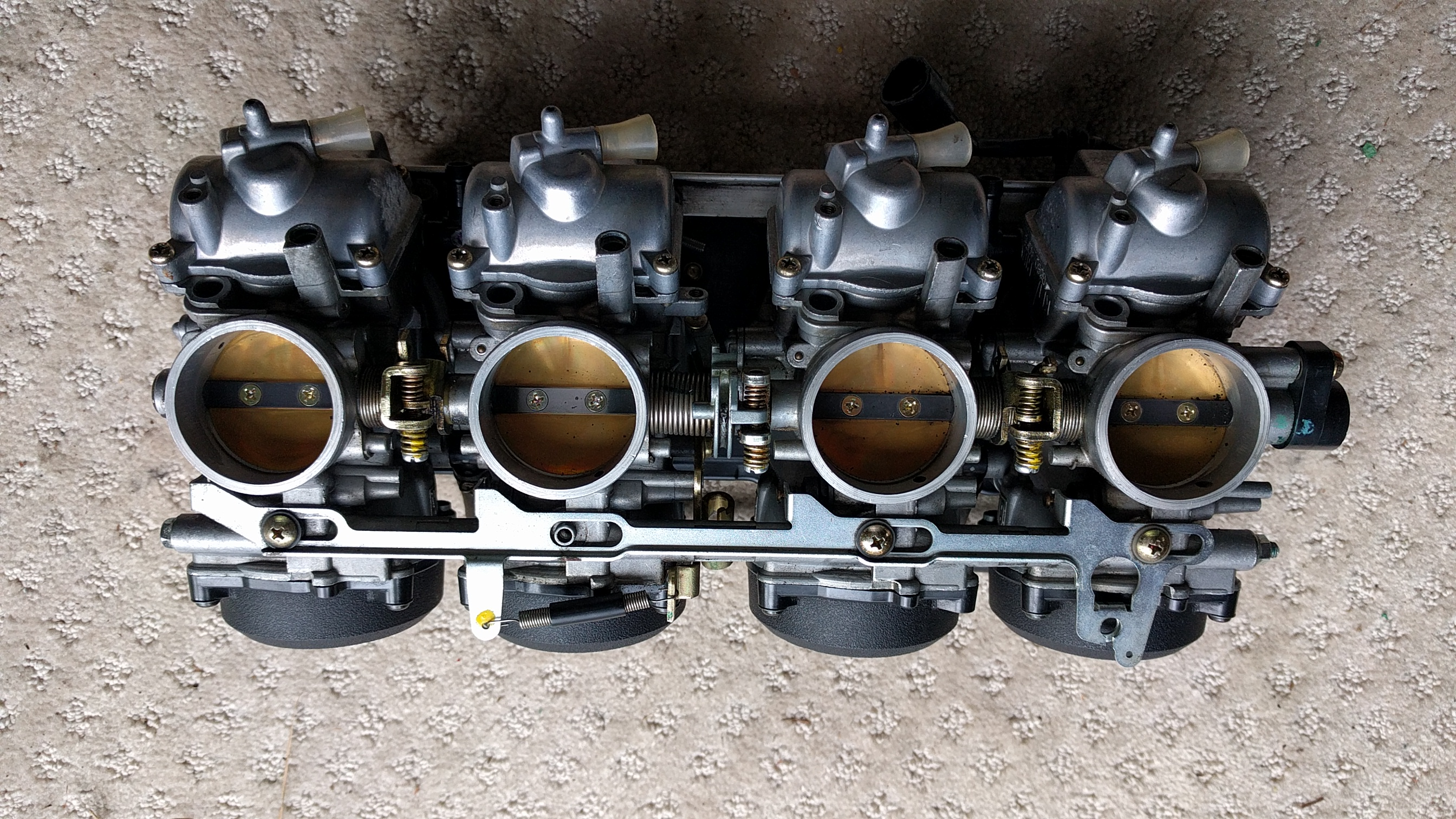 Rebuilt and Cleaned Set of 03 ZX9R Carbs - ZX Forums
