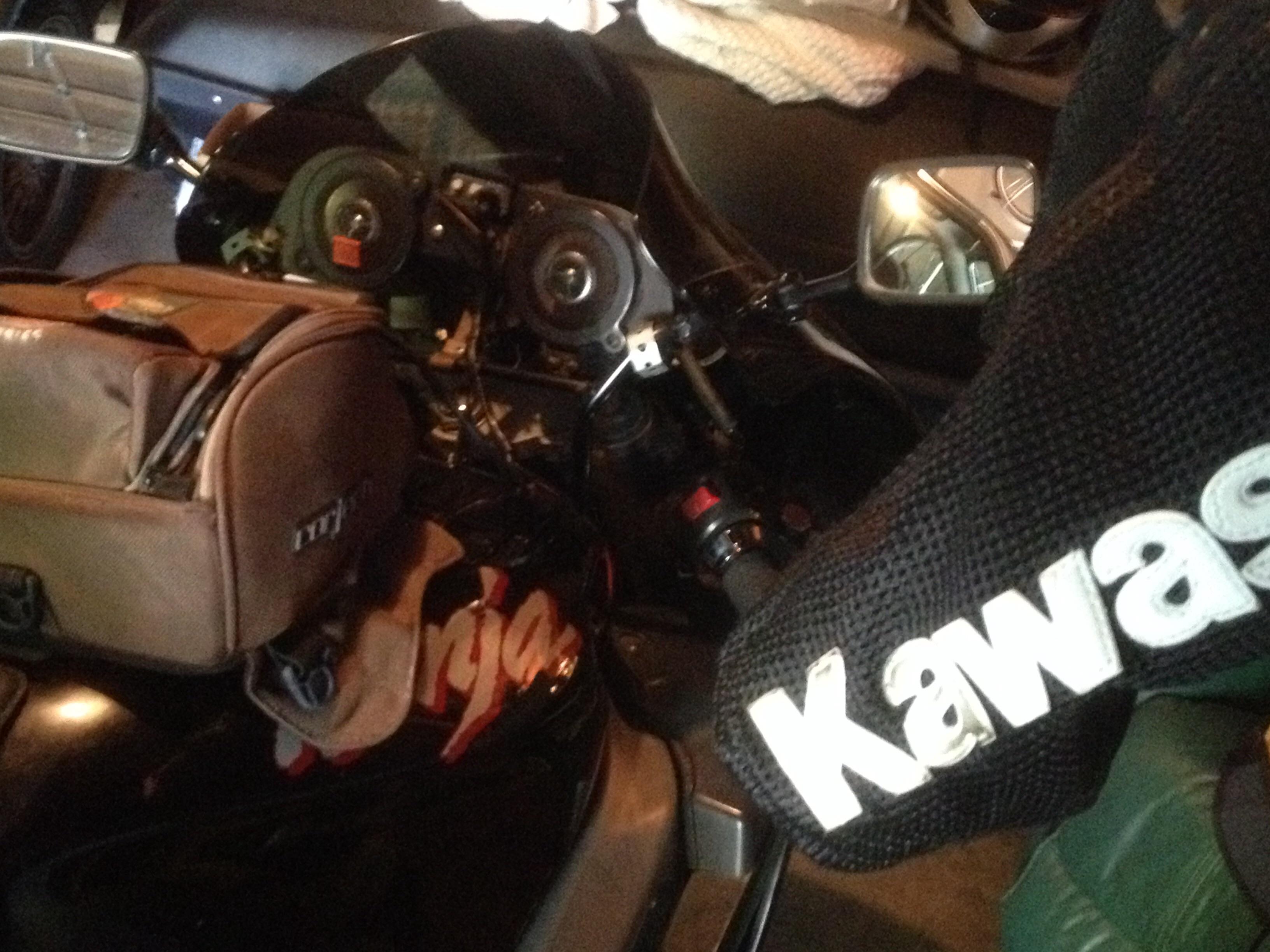 Long term love affair with my zx7r | Kawasaki Ninja ZX Forum