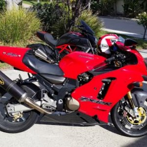 Zx 12 2003, Carbon wheels, Ohlins suspension, Akro Exhaust